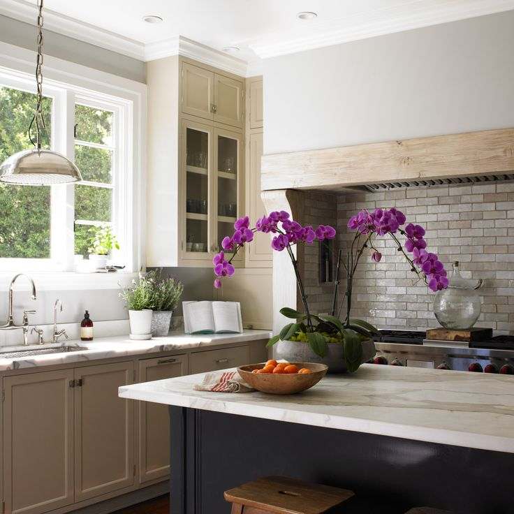 17 best images about traditional homes on pinterest for Sample kitchen color schemes