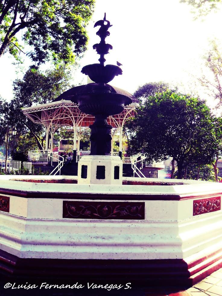 PARQUE SIMON BOLIVAR - COPACABANA, ANTIOQUIA (COLOMBIA)