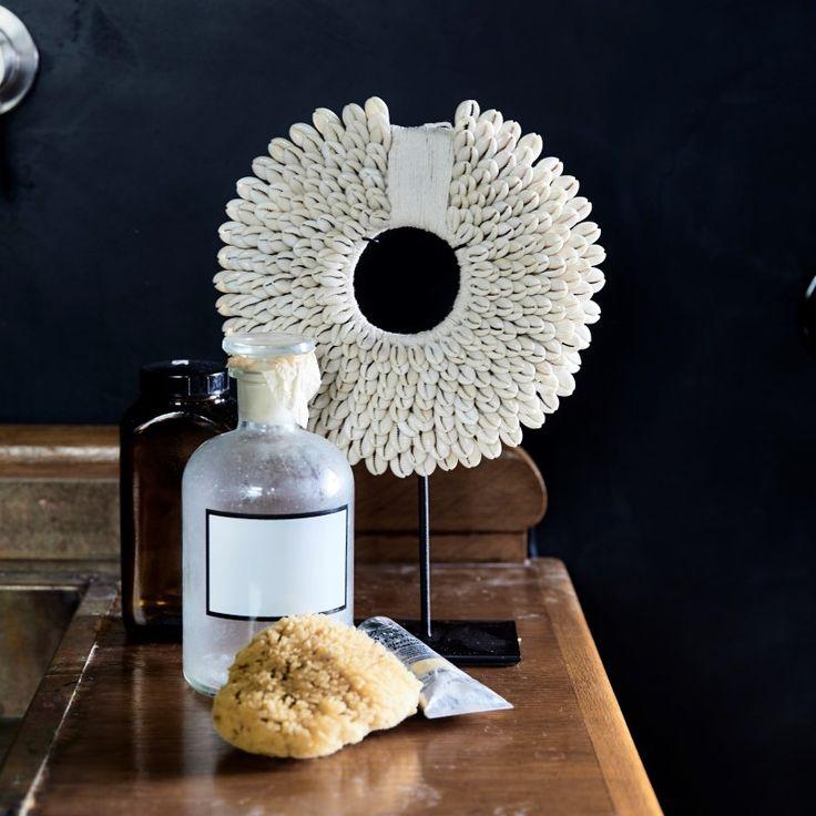 collier de papouasie s objets d co pinterest deco coquillage deco ethnique et coquillages. Black Bedroom Furniture Sets. Home Design Ideas