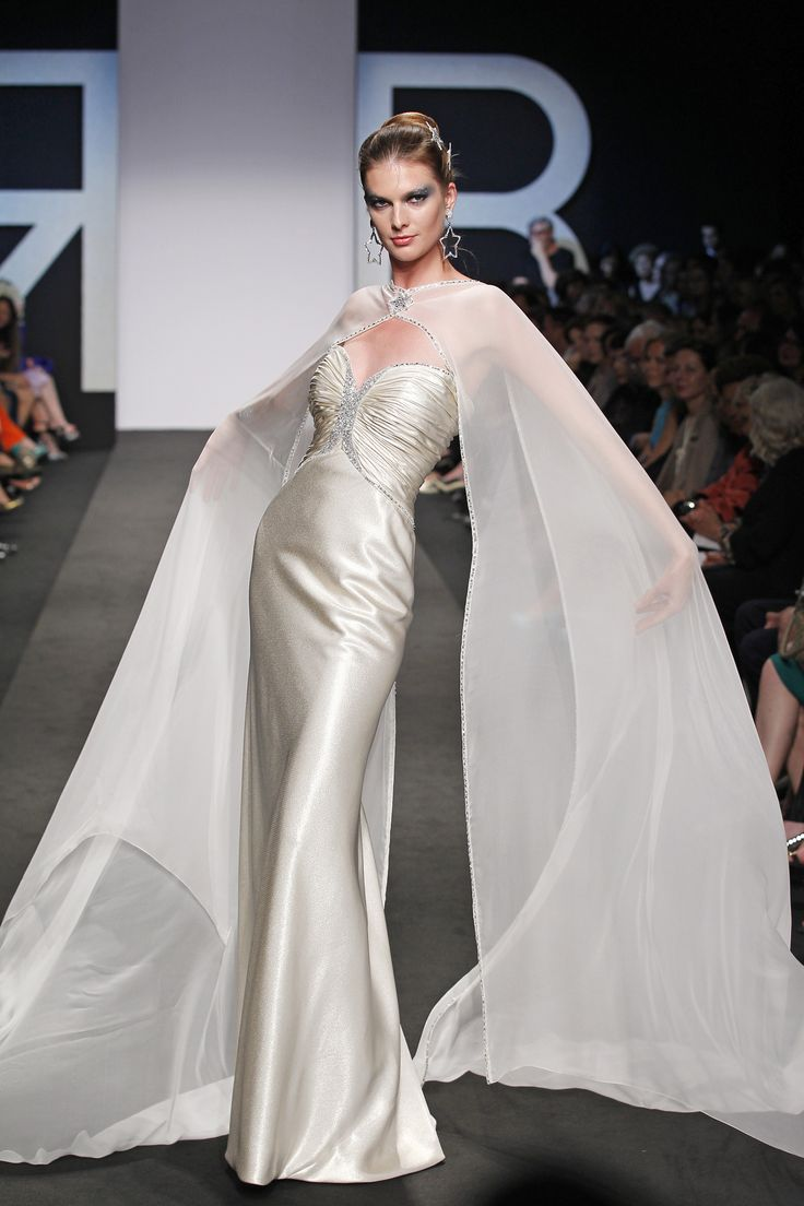 Renato Balestra HAUTE COUTURE FallWinter 2013-2014 Renato Balestra High Fashion Haute Couture featured fashion