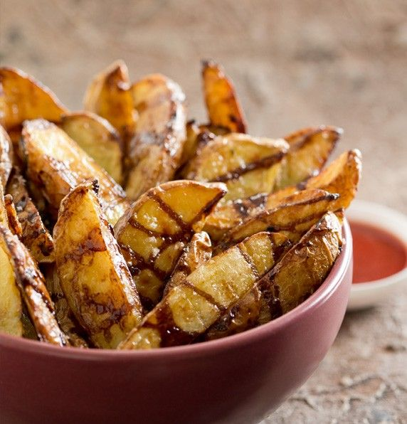 Serve up some Balsamic #wedges from Fresh Potatoes http://freshpotatoes.com.au/recipes/balsamic-wedges