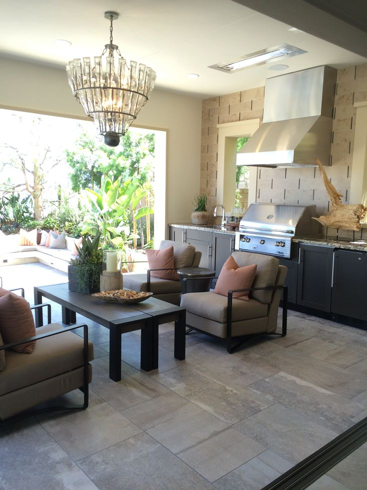 Love this california room off of the kitchen california for California outdoor kitchen designs
