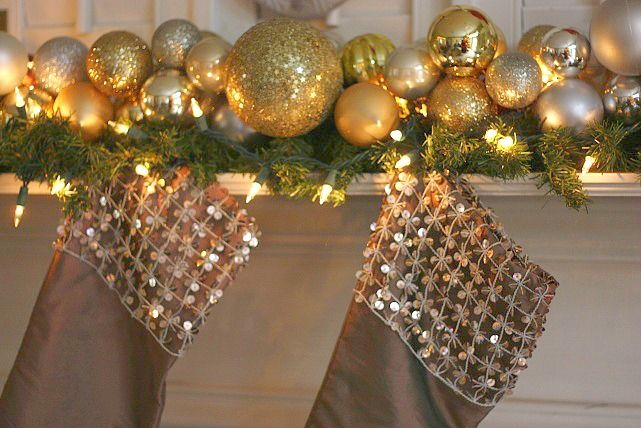 This is SO Easy, costs only a few dollars, yet adds such a Gorgeous element. Christmas Ornament Garland