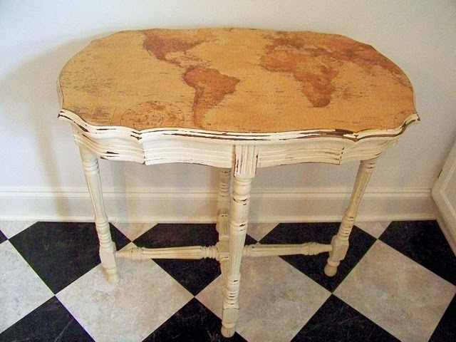 A map & some Mod Podge make a great table. @Joy Davies @Jill Colsson make me this
