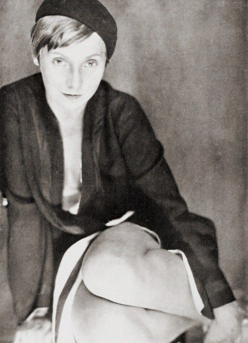 Photo by Sasha Stone, 1928.   More on the myLusciousLife blog: www.mylusciouslife.com