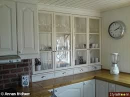 Bildresultat för bilder skåp och diy gamla fönster