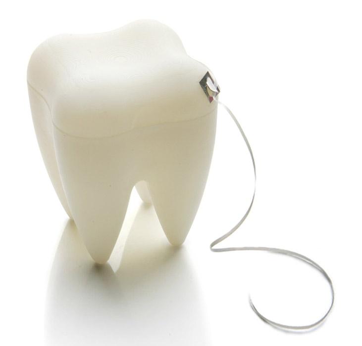 Stojak na nić dentystyczną Tooth. Oryginalne i zabawne opakowanie dostępne na FabrykaForm.pl