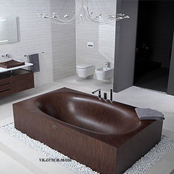 Деревянная ванная.