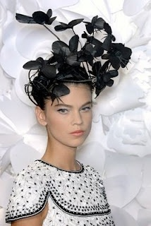 Katsuya Kamo. Paper hats for Chanel SS 2009 Haute Couture show.