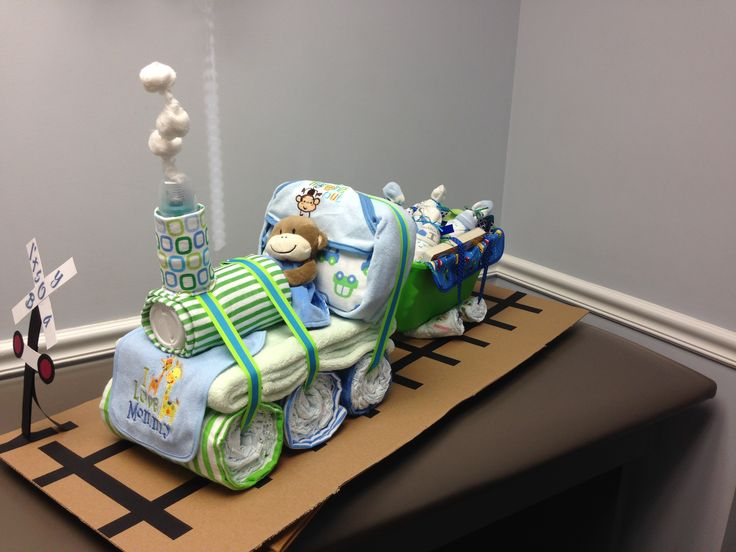 Baby Gift Cake Of Diapers