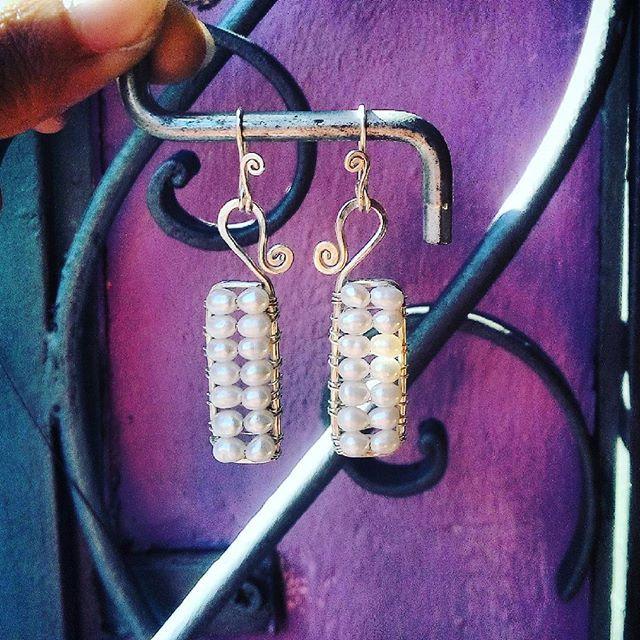 #Argento & #perladifiume #earrings#handmade##wirecraft#wire#instagood#like4like#follow4follow#instalove#instalike#handmade#homemade#made#handmadejewelry#sicily#artigianat#love#it#fashion#week#style#fashionstyle#goodmorning#jewelry#instajewelry#follow @tanit.creations