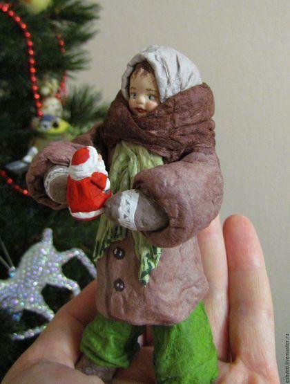 Человечки ручной работы. Ярмарка Мастеров - ручная работа. Купить Девочка с Морозом - ватная елочная игрушка. Handmade. Коричневый