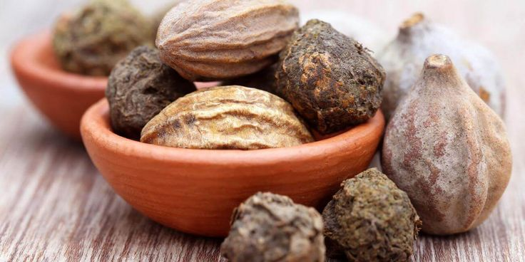 Harad is an Ayurvedic herb, which has immense health benefits. The plant looks very simple as others, but don't go on its look, the benefits will simply amaze you. Appearance of Harad: Harad also called Black myrobalan is a tree which is very long and is 8-12 ft thick. The bark is dark brown. Leaves …