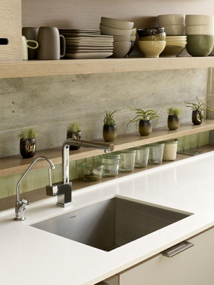 tolle grüne wandfarbe - in einer modernen küche
