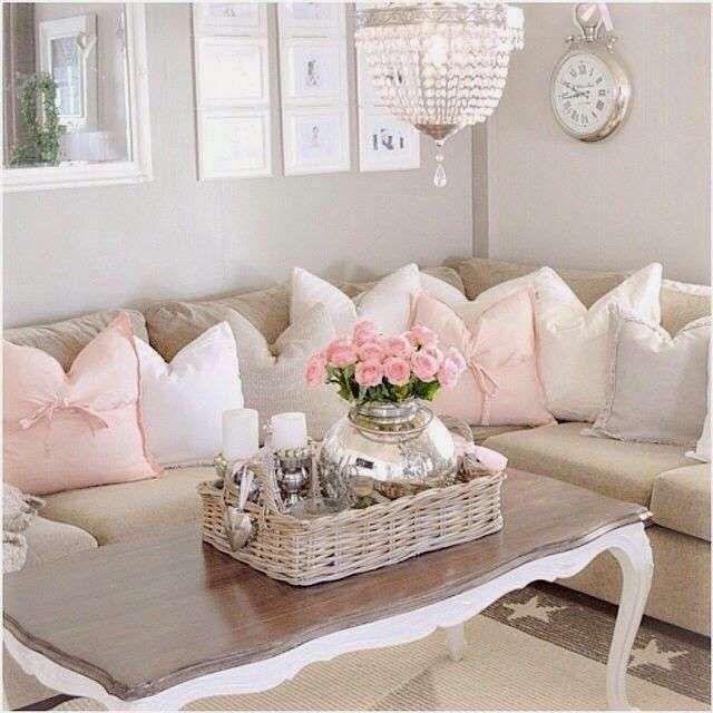Idee per arredare un soggiorno in stile shabby chic | arredamento
