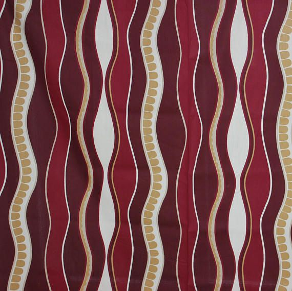 Amazing vintage wavy high quality Fabric. Colors: red wine