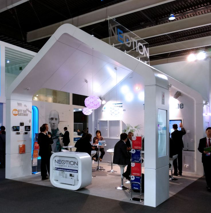 Fotos de los stands de Kleos-Spectronite, Video Intelligence, Neotion, Famoco, Athenasys y Netgem TV para la feria Mobile World Congress 2017 de Barcelona