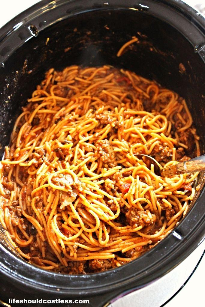CrockPot Spaghetti |LIFE SHOULD COST LESS