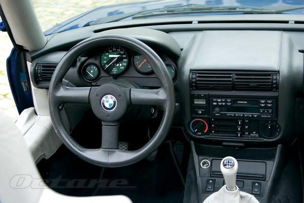 25 best ideas about bmw z1 on pinterest bmw z8 bmw. Black Bedroom Furniture Sets. Home Design Ideas