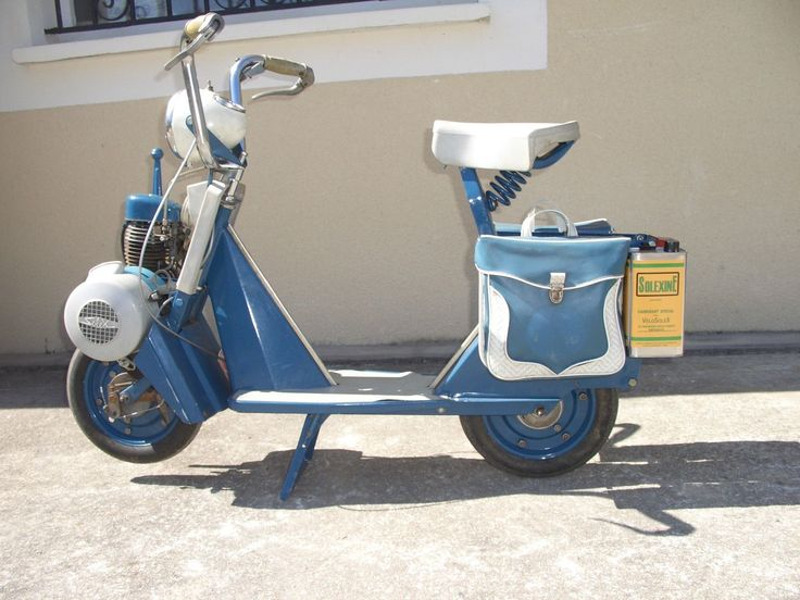 1000 images about velosolex moped on pinterest honda cub museums and french. Black Bedroom Furniture Sets. Home Design Ideas