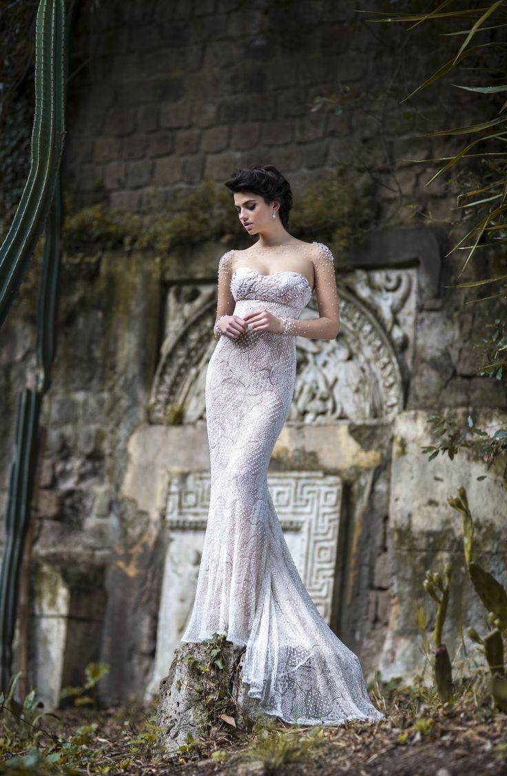 La nuova collezione Excellence 2015 firmata Maison Signore. www.ateliersignor... #nozze #weddingdress #madeinitaly #abitidasposa #sposa #bride #matrimonio #maisonsignore #ateliersignore