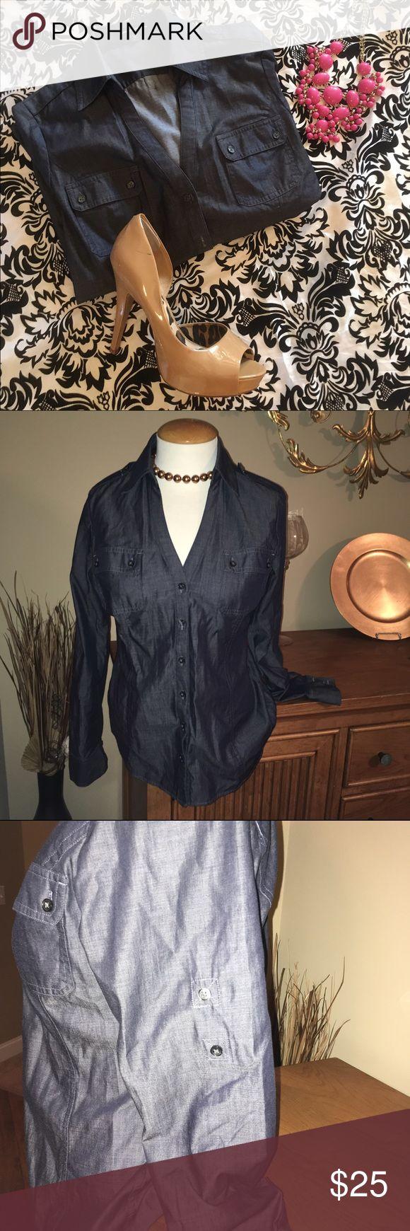 Versatile Denim top Size medium express shirt. Shirt can be worn with denim or khaki. Express Tops Blouses