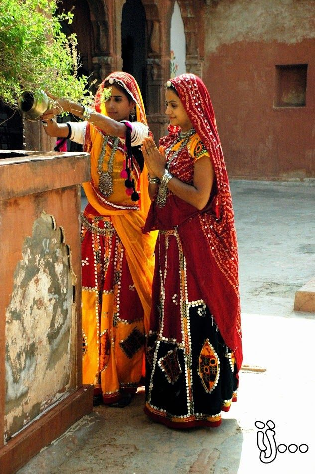 Rajasthani Women performing morning prayers in Jodhpur. #Traditions and #values are deep rooted in #Rajasthan.