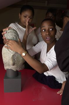 Art Institute of Chicago: Experiences in the museum are a great way for your students to use critical thinking skills and apply concepts learned in the classroom in a new context.