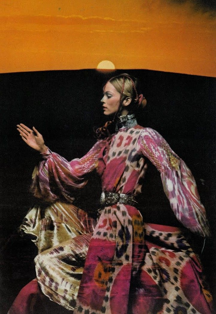 Vogue UK, December 1970  Photographer: Clive Arrowsmith http://www.nomad-chic.com