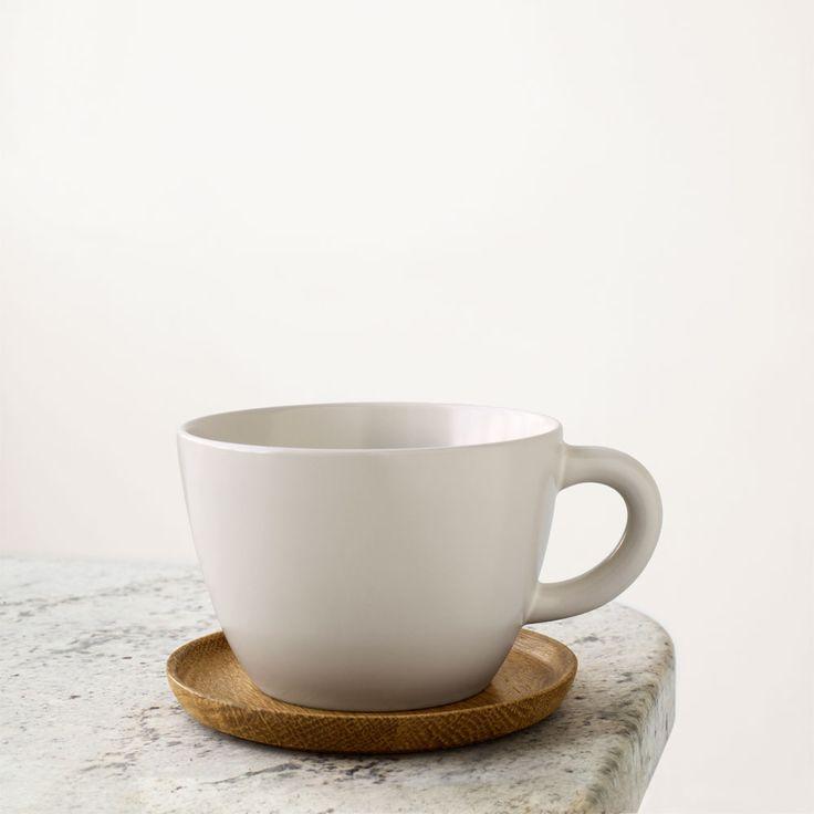 Jag önskar mig Höganäs Temugg eller kaffemugg (inte många, utan en eller två). http://royaldesign.se/viewitem.aspx?ID=31984&s=höganäs http://royaldesign.se/viewitem.aspx?ID=31972&s=höganäs