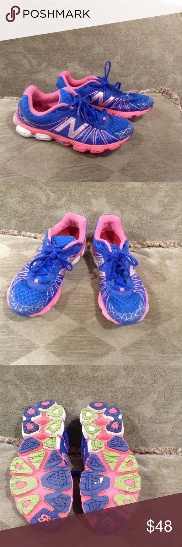 New Balance Fantom Fit Great New Balance 890 Barringer. Blue and pink in great condition. Size 9.5 New Balance Shoes Sneakers