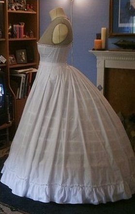 Truly Victorian elliptical hoop with petticoat (Truly Victorian pattern number TV# 247