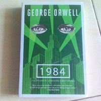 buku 1984 George Orwell Bentang Segel 65.000