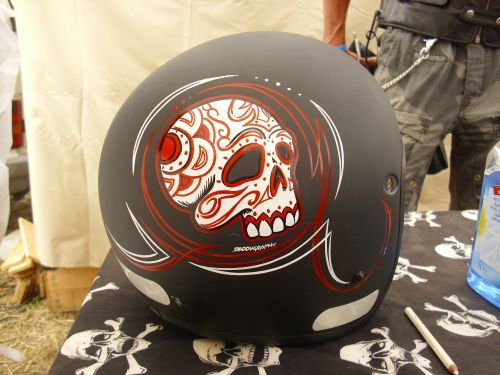 casque old school daddygraph motorcycle helmets with style pinterest photos skulls and. Black Bedroom Furniture Sets. Home Design Ideas