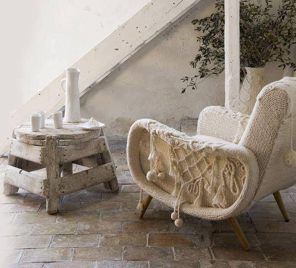 Vintage Möbel Terrasse Sofa Weiß Wolle Rustikaler Beistelltish