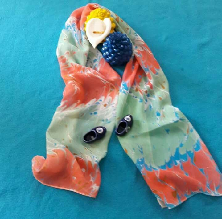 şifon kumaş üzerine ebru sanatı. #scarf #marbling #marblingart #fabric