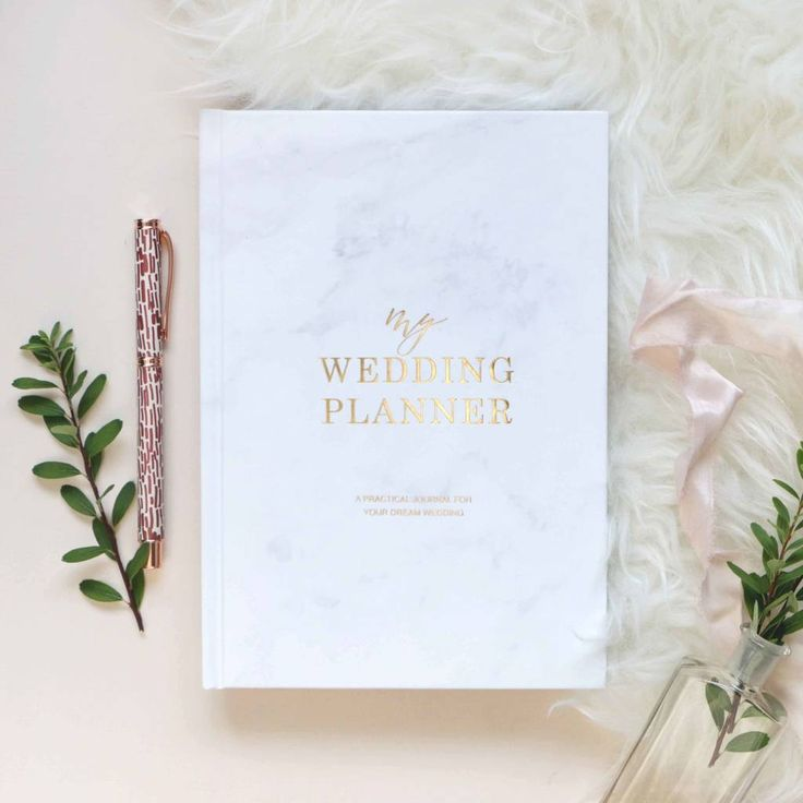 Best 25 Diy Wedding Planner Ideas On Pinterest: Best 25+ Wedding Planner Book Ideas On Pinterest