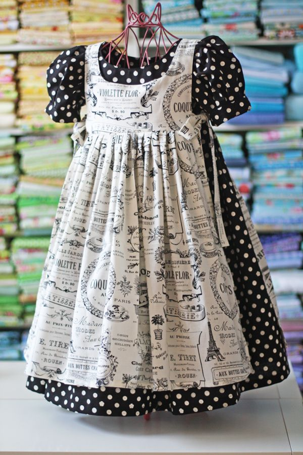 Love the black and white of this dress. Found the pattern I loved! meg - dress + pinafore - olabelhe