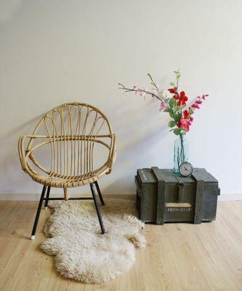 Vintage Rohé rotan stoel, te koop voor 64,50 in onze webshop.  www.flatsheep.nl