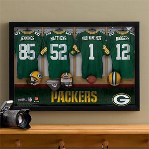 Great gift idea for any Packers Fan! ... This would look perfect in the Man Cave or in any home bar! It's PMall's NFL Green Bay Packers Personalized Locker Room Canvas that you can have personalized with his name! It comes in 3 different sizes and can be personalized for any NFL or MLB team! #NFL #MLB #Football #Packers #GreenBay...want to get for my hubby , in Chargers ofcourse =)))