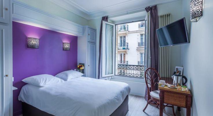Parc Hotel Paris Set in a quiet district in Paris, the Parc Hotel is 400 metres from Porte d'Orléans Tram Stop, which gives access to Porte de Versailles Exhibition Centre within 15 minutes.