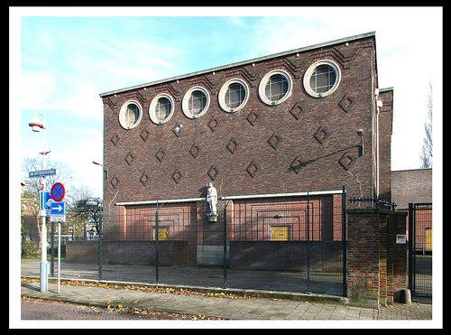 Transformatorhuisje (electrical substation) [1942]- Den Haag by RUAMPS ©, via Flickr