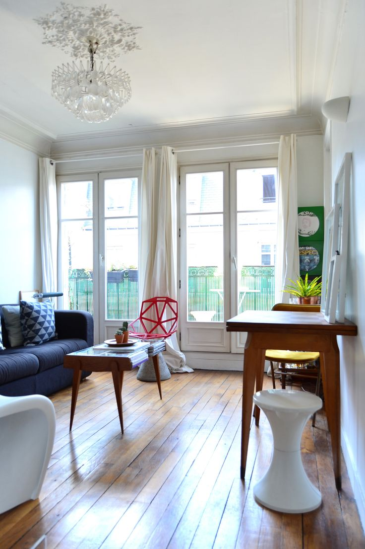 House Tour A Sunny Small Space in