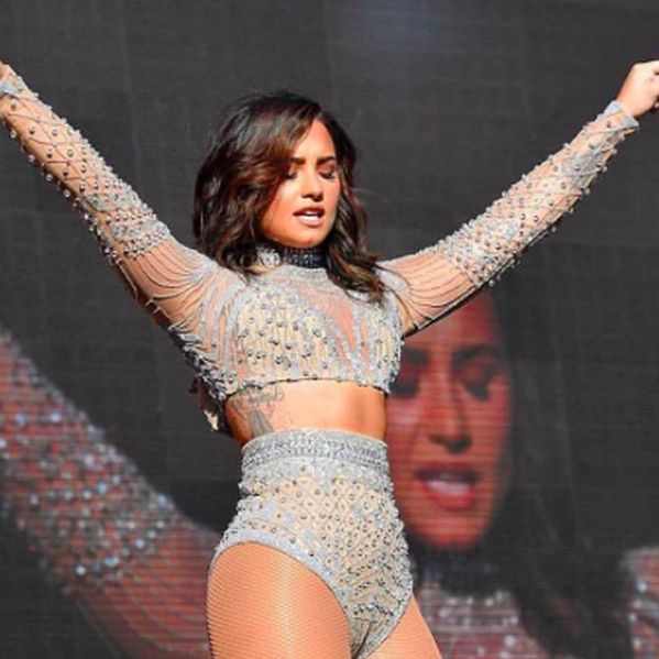 Demi Lovato Responds To Being Fat-Shamed On Twitter - http://oceanup.com/2016/09/30/demi-lovato-responds-to-being-fat-shamed-on-twitter/