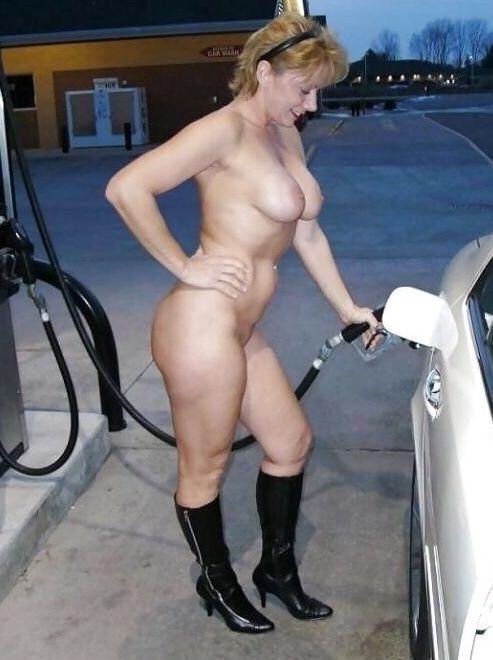 Sexy milf nude public