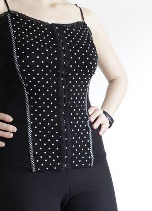 Kaufe meinen Artikel bei #Kleiderkreisel http://www.kleiderkreisel.de/damenmode/kurzarmlig/126365214-schwarzes-top-mit-widerhakenverschluss-von-orsay