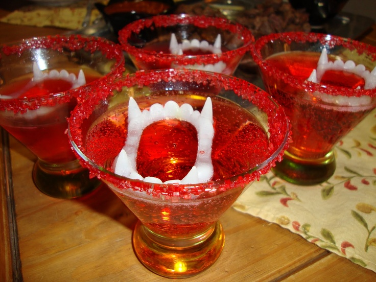 Vampire Kiss Cocktails: Halloweeni Ideas, Cranberries Juice, Limes Juice, Cocktails Halloween, Vampires Kiss, Red Sugar, Red Cranberries, Kiss Cocktails, Sugar Ingredients