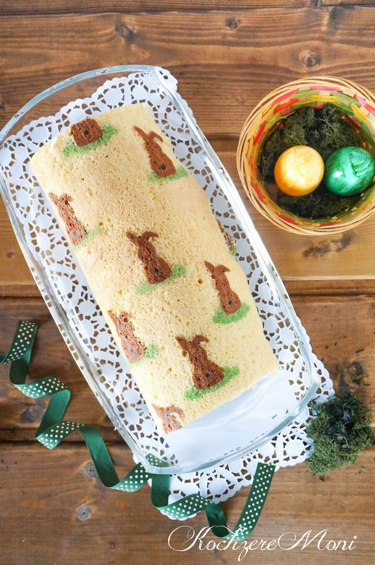 Biskuit, Biskuitrolle, Motivkuchen, Motiv, Ostern, Osterhase, Osterkuchen, Happy Easter, Mandarine-Quark-Füllung, Füllung für Biskuitrolle, Tortenfüllung, Kaffeeklatsch, Osterkaffee, für Gäste, Biskuitteig, Frühling, Kuchen, Kuchenrezept, für Gäste, Ostersonntag, Kuchen für Ostern, Biskuitrolle zu ostern