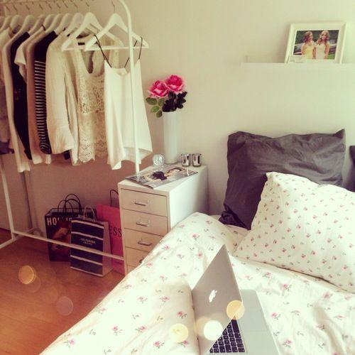 Clothing rack college apartment storage