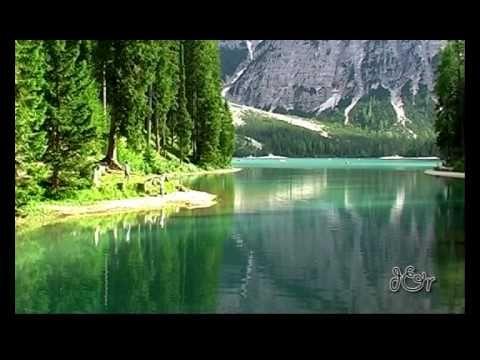 Lago di Braies -  Dolomiti - Parco Naturale Fanes-Sennes-Braies  - Braie...
